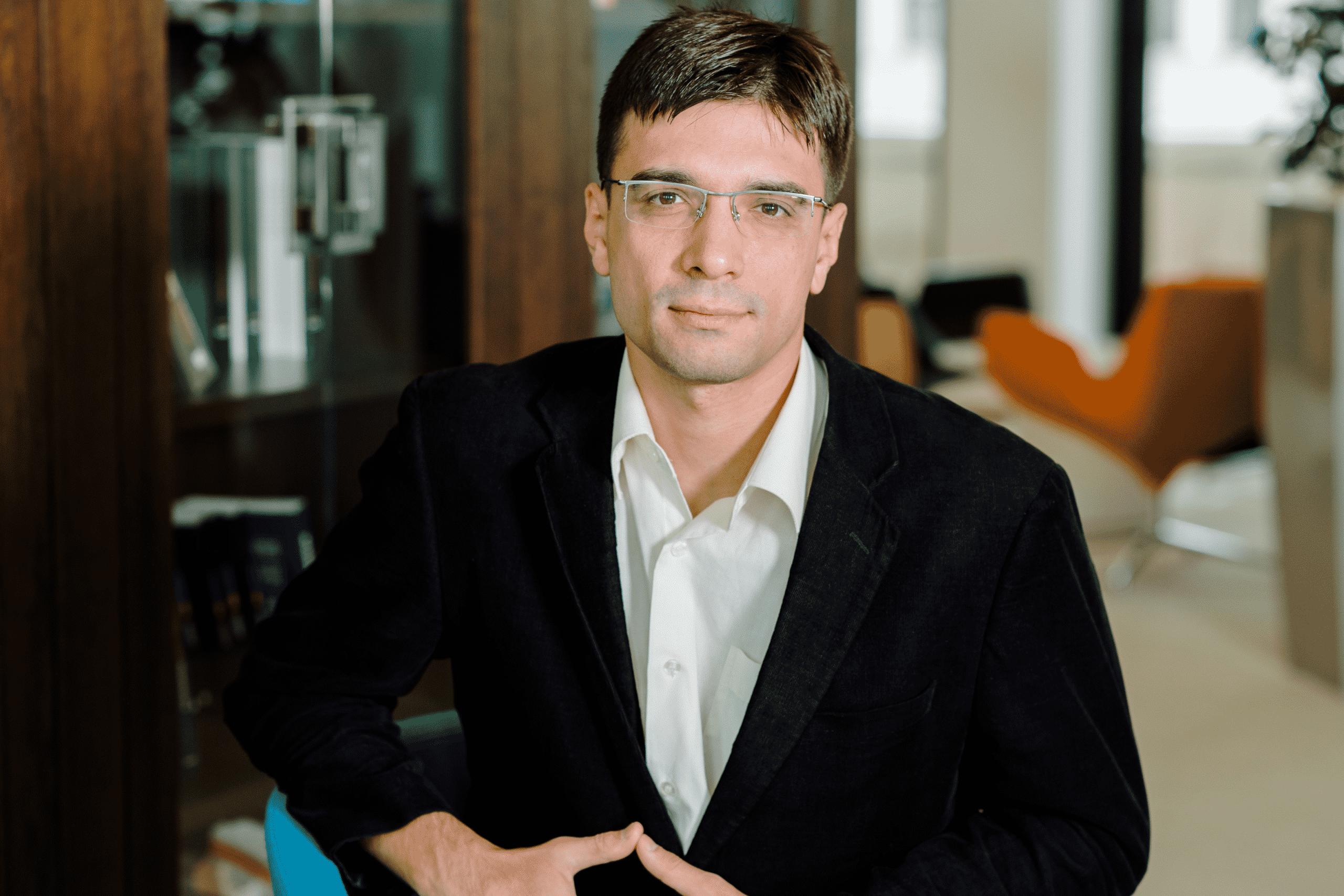 Jak zwizualizować moralność w polityce – Paweł Zyzak