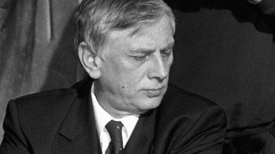 ODSZEDŁ JAN WASZKIEWICZ – Artur Adamski